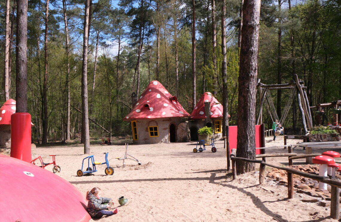 grote kabouterbos dronten speeltuin kabouterpad flevoland
